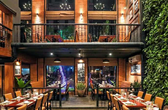 Mẫu thiết kế nhà hàng chả cá của 2 thương hiệu trứ danh Hà Thành