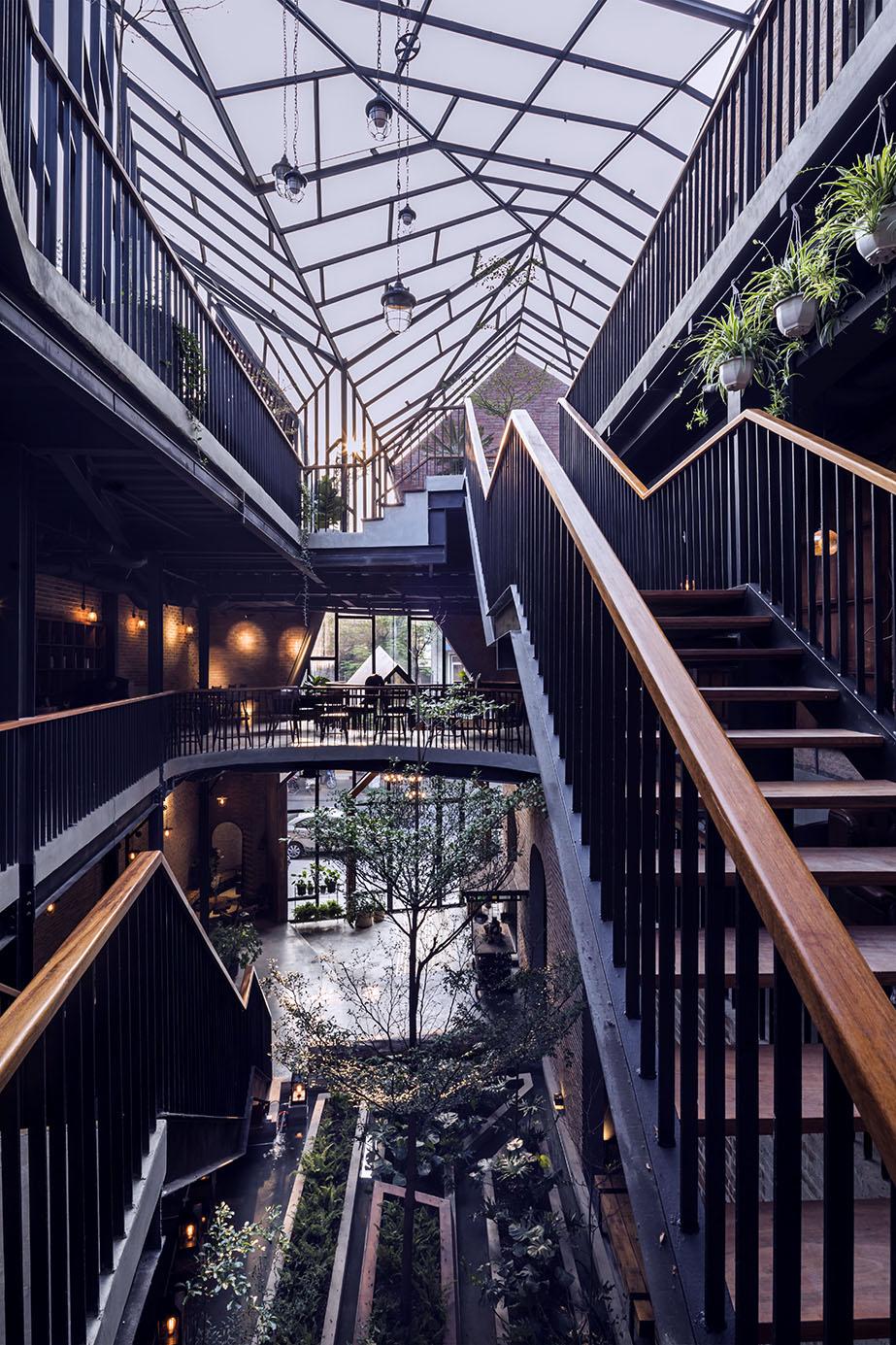 Mẫu Thiết Kế quán 1986 Coffee & Restaurant