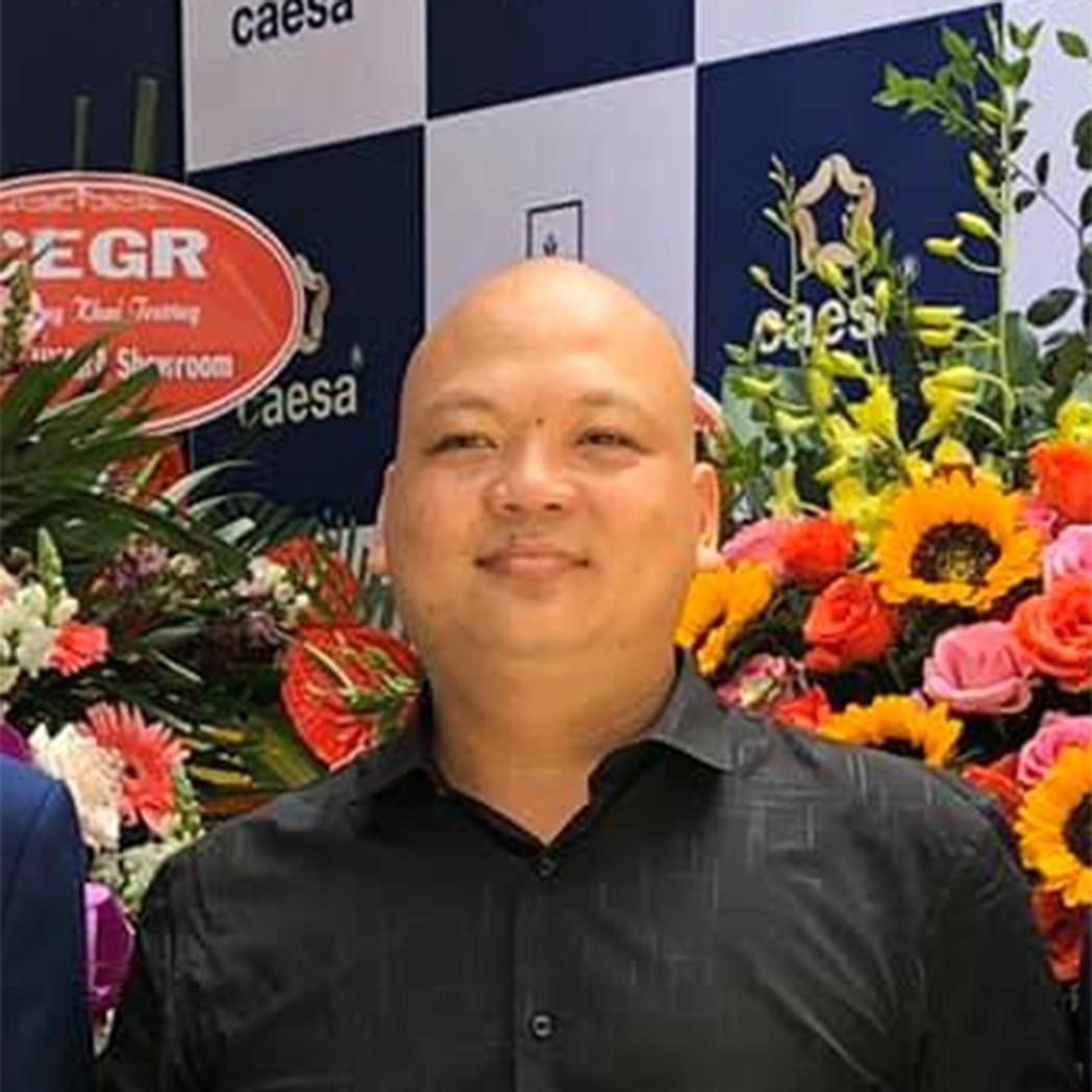 Mr - Hưng