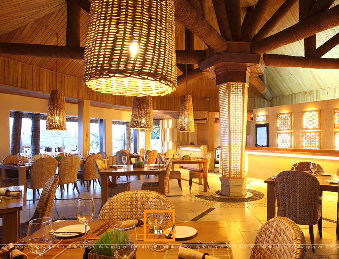 thiết kế nhà hàng truyền thống