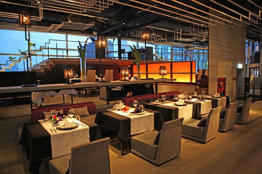 thiết kế nhà hàng sân thượng hiện đại